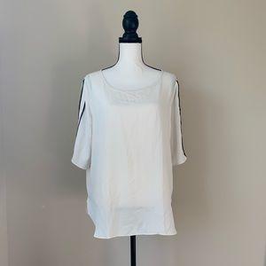 Ann Taylor size Large Shirt 🌤
